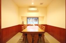 奥座敷 個室 テーブル席
